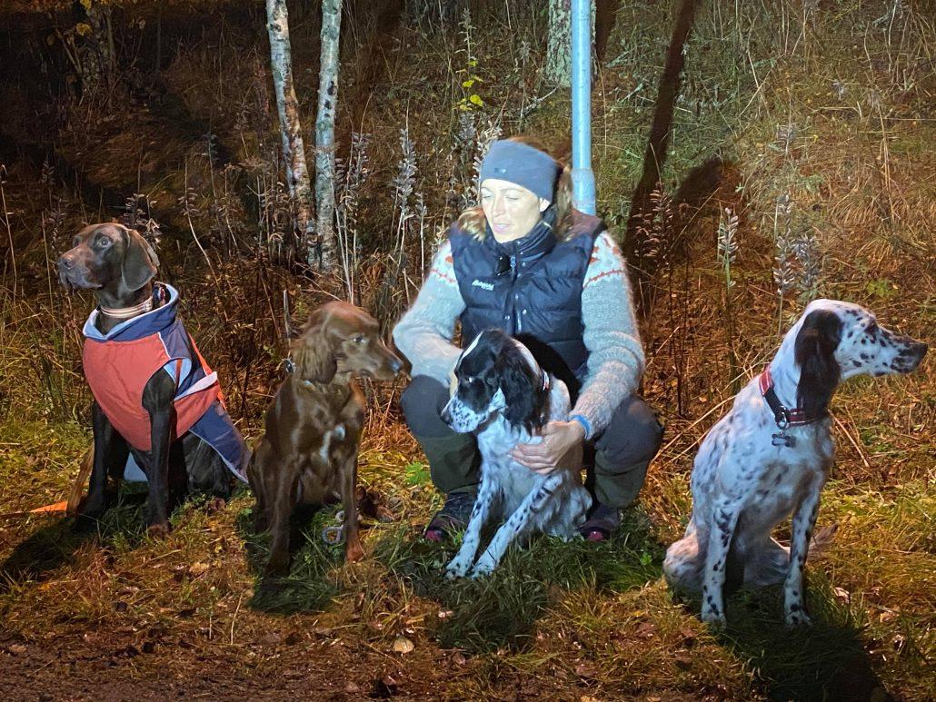 Stolte hunder sammen dommer Ellen Marie